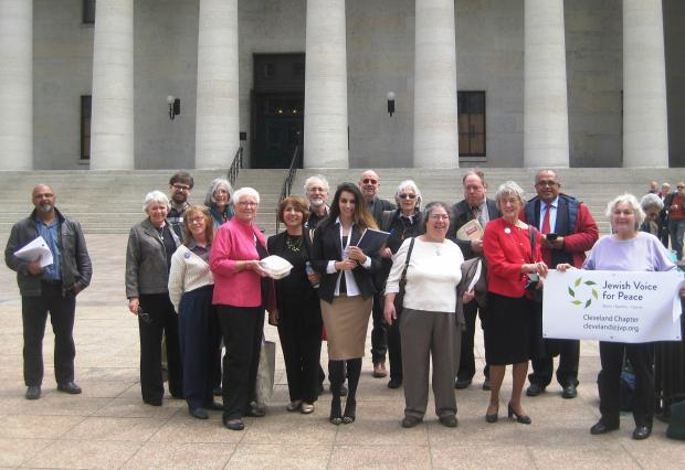 On May 3 citizens from across the state gathered at the Ohio Capitol to testify against HB 476, bipartisan legislation that would block state contracts for those who support Boycott, Divestment, and Sanctions (BDS) against the state of Israel.