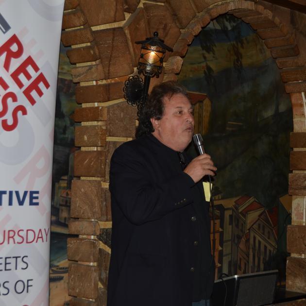 Bob Fitrakis at the awards dinner