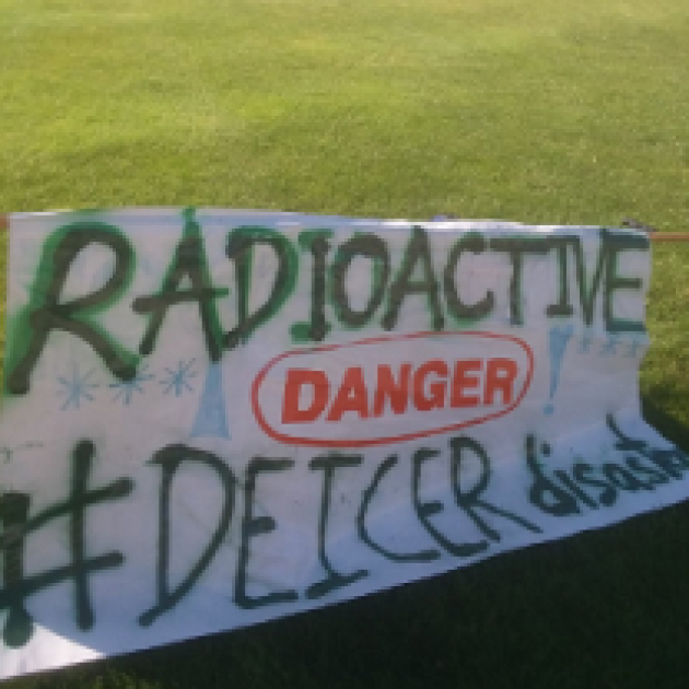 Sign outside saying Radioactive Danger #deicer disaster