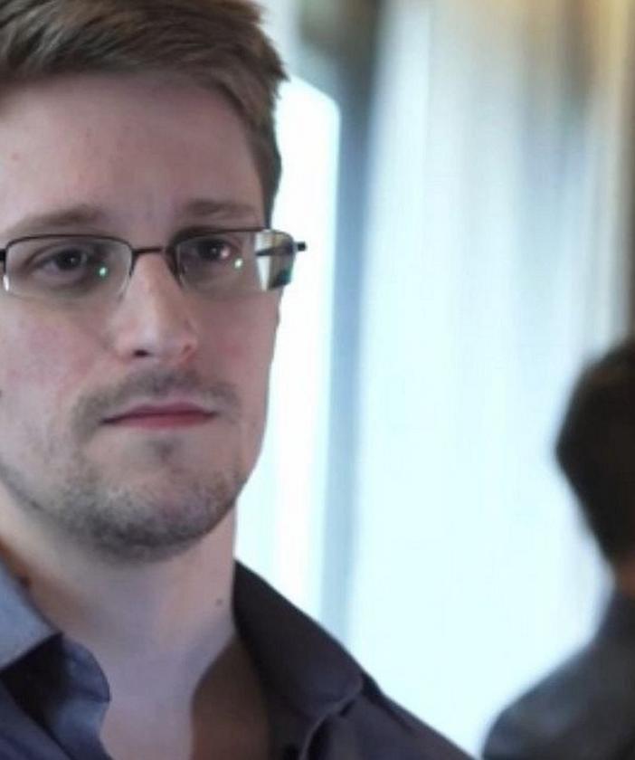 Edward Snowden in Citizenfour (Praxis Films)
