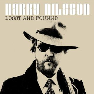 Album cover Losst and Found with Harry Nilsson in a jaunty hat